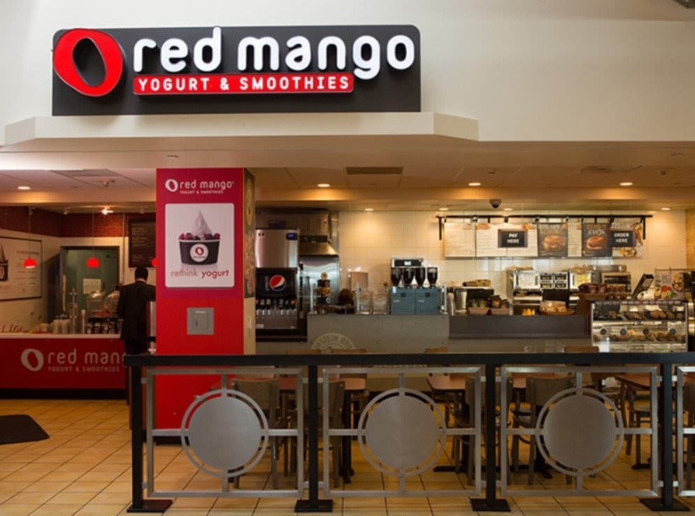 Red Mango Yogurt Stand In San Jose Airport